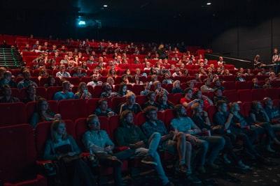 おすすめ【バーチャルな映画】《VR・ARが登場する映画》まとめ