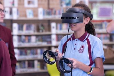 【VRの始め方・必要なもの】②VRゴーグルを手に入れる